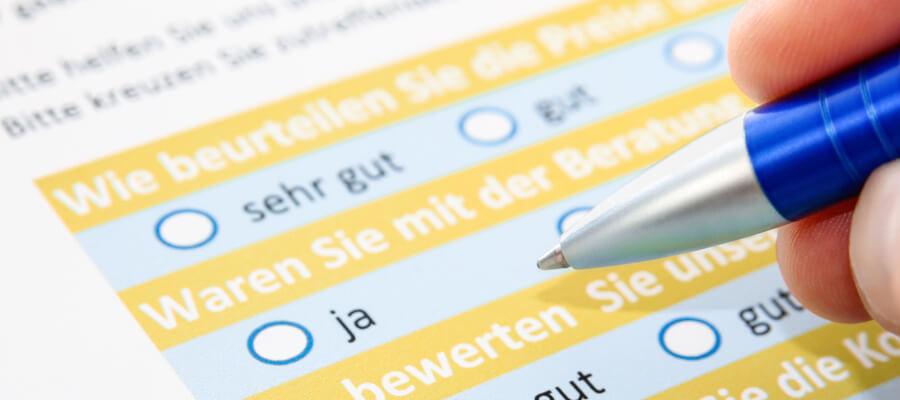 Befragung Fragebogen drucken, kuvertieren und versenden